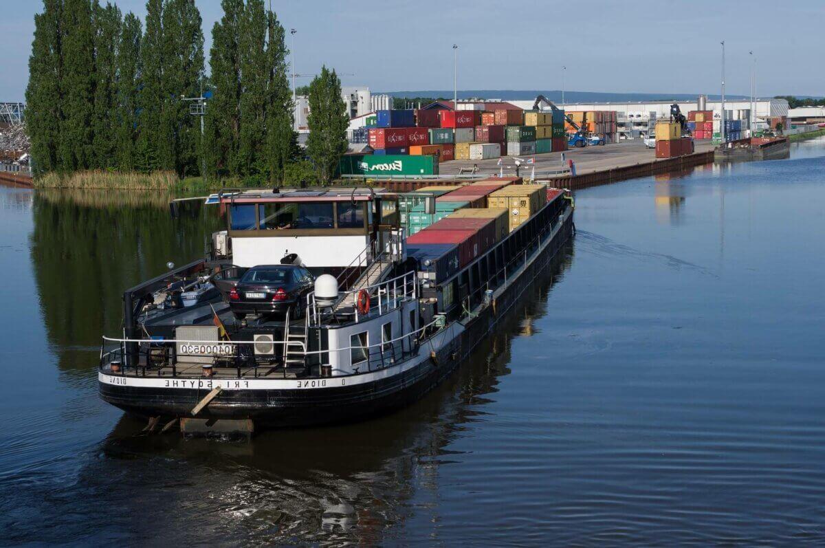 ship-3879168_1920-1200x797.jpg